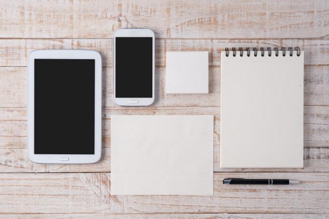 平板手机工作桌面背景背景高清大图-平板背景科技/商务