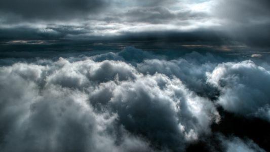 云层之上高清背景图片素材下载