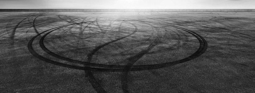 轮胎印地面背景