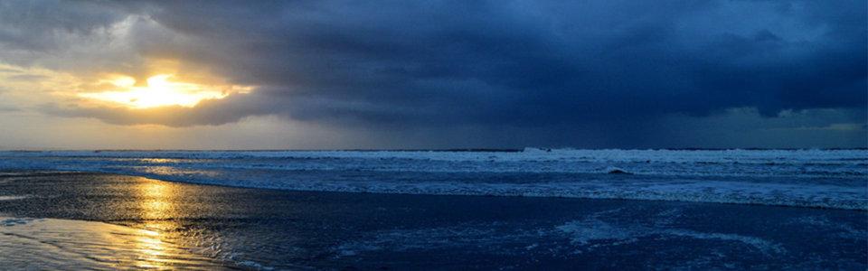 傍晚海边风景高清背景图片素材下载