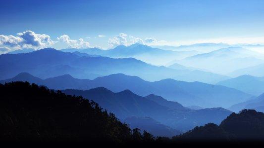 群山山峰高清背景图片素材下载