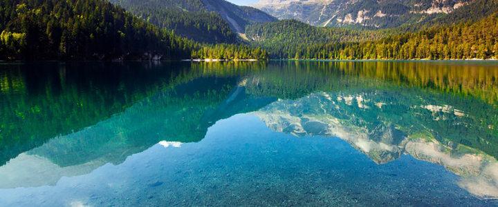 平静 湖面 背景高清背景图片素材下载