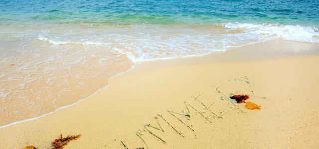 大海浪花沙滩背景
