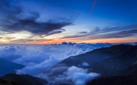 大气云层风景背景