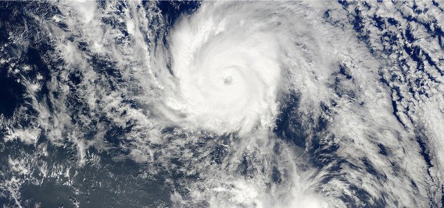 地球龙卷风云层分布高清背景图片素材下载