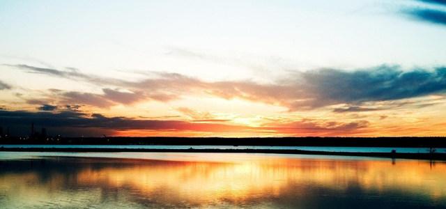夕阳大海天空背景