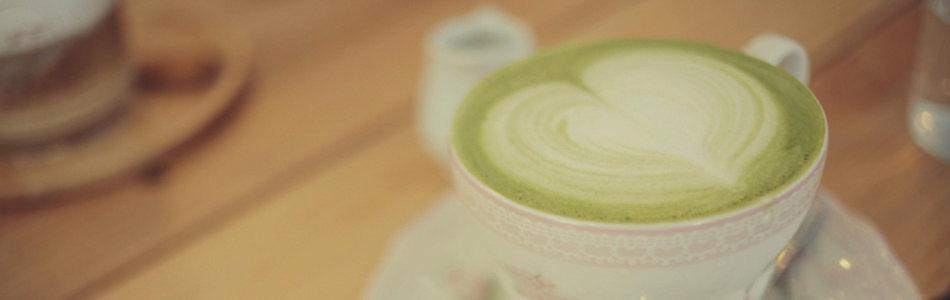 简约唯美咖啡拉花海报背景