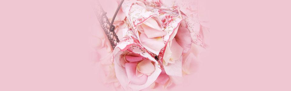 简约粉色花朵海报背景
