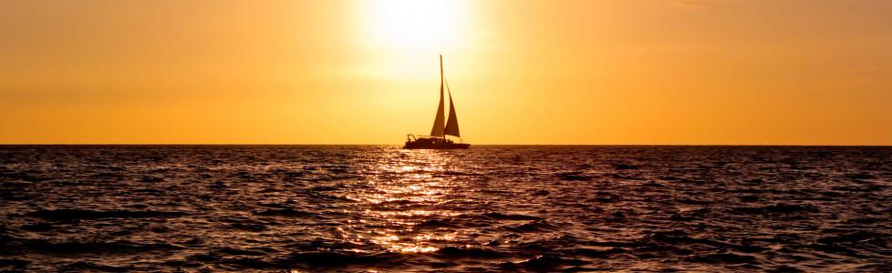 唯美夕阳温暖海面海报背景高清背景图片素材下载