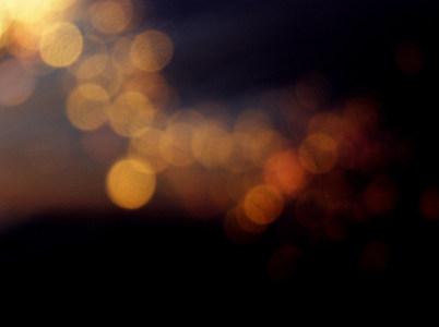 金色光斑效果背景