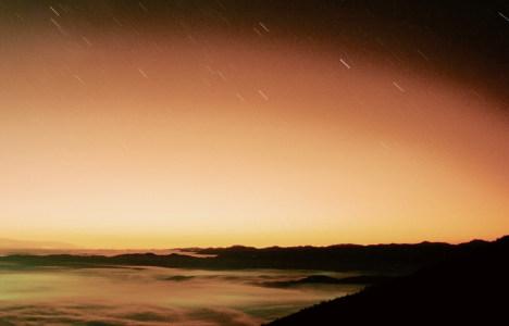 大气山峰背景高清背景图片素材下载