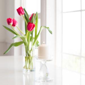 白色简约房间物品摆放背景高清背景图片素材下载
