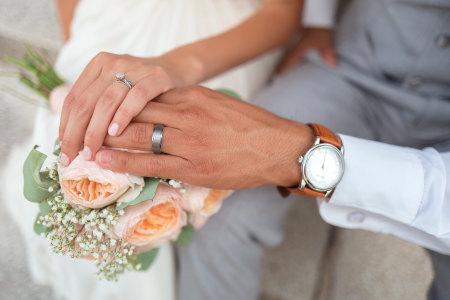 新婚夫妇浪漫唯美