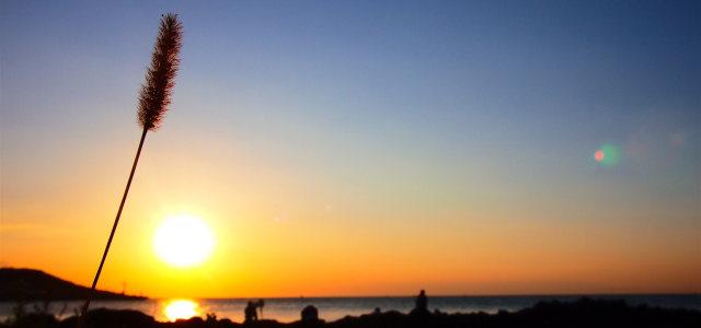 夕阳天空背景