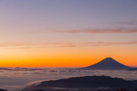 山峰高清背景高清背景图片素材下载