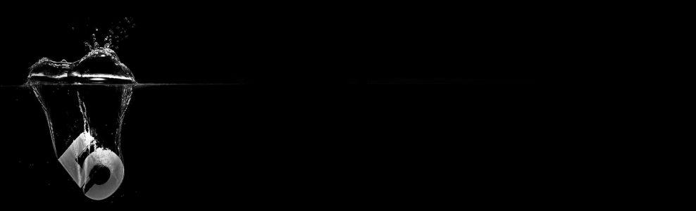 黑色数字水流背景banner
