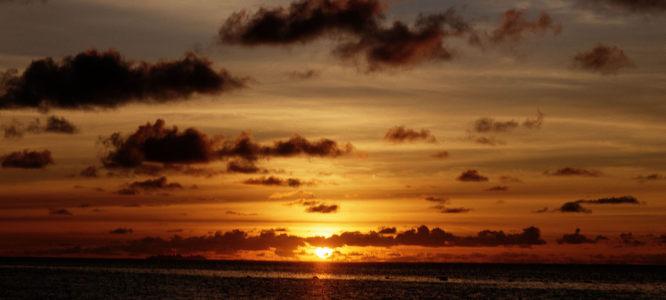 夕阳太阳海报背景高清背景图片素材下载