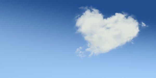 心形云彩背景