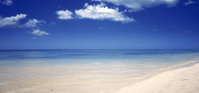 夏日海滩背景