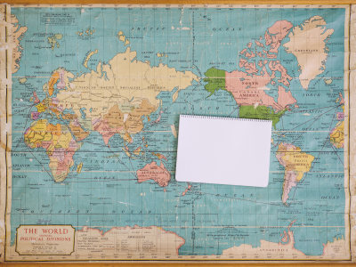 世界地图物品平铺俯拍背景高清背景图片素材下载